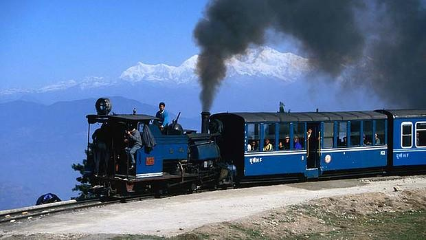 Toy-Train-Darjeeling.jpg