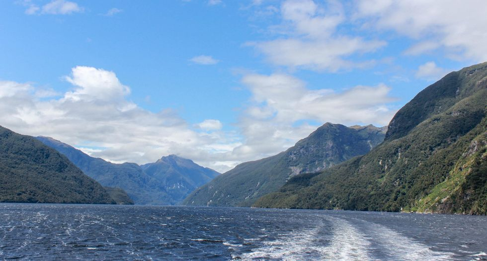 Doubtful Sound bakåt.jpg
